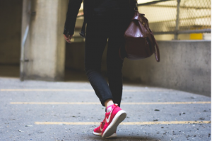 5 Health Benefits of Ditching Your Car and Walking