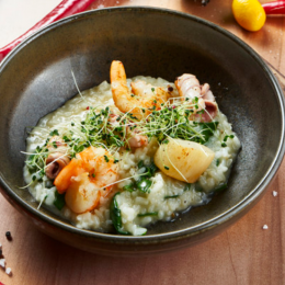 Pirogue's and Garlic Scallops