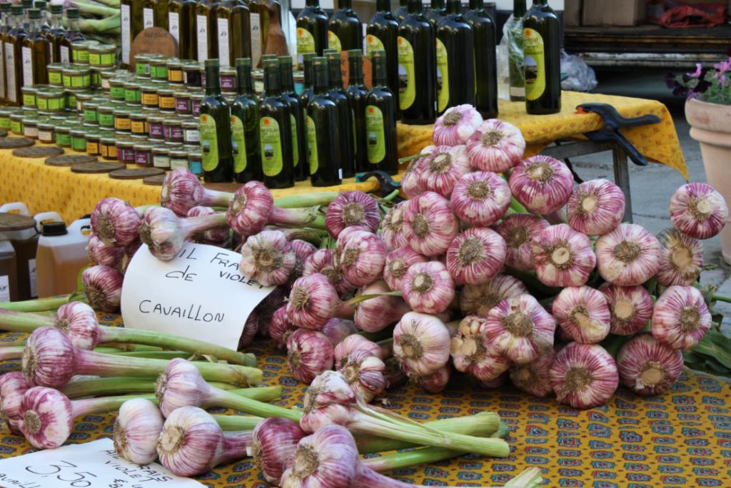 """""""Saint Remy Market Garlic'"""
