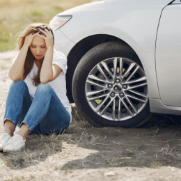 How Should Women Handle a Car Accident Situation?