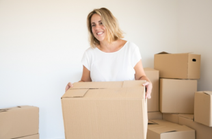 Useful Tips for Women Starting a Moving Business