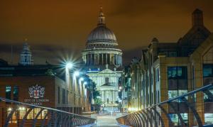 """""""Saint Pauls Cathedral London"""""""