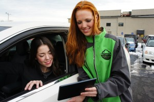 """FlightCar Puts Travelers in the Driver's Seat"""