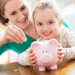 Mom, CFP: New Varo Money Survey Reveals That When Americans Need Financial Advice, They Come to Mama