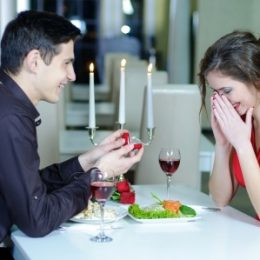 """Valentine's Day Proposal - Moving Tips for the Soon-To-Be Engaged Couples"""