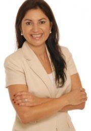 """Rosana Santos Calambichis WE Magazine Food Edtior"""
