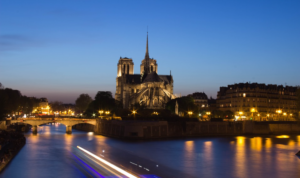 """World's Popular Destinations for Planning Your Next Romantic Vacation - Paris"""