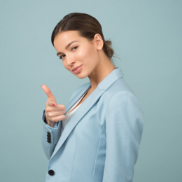 7 Traits that Highly Confident Woman Possess