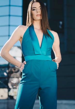 Trendy Women's Clothing- A Vital Element of Women Fashion