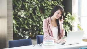 Why Women Prefer Social Trading